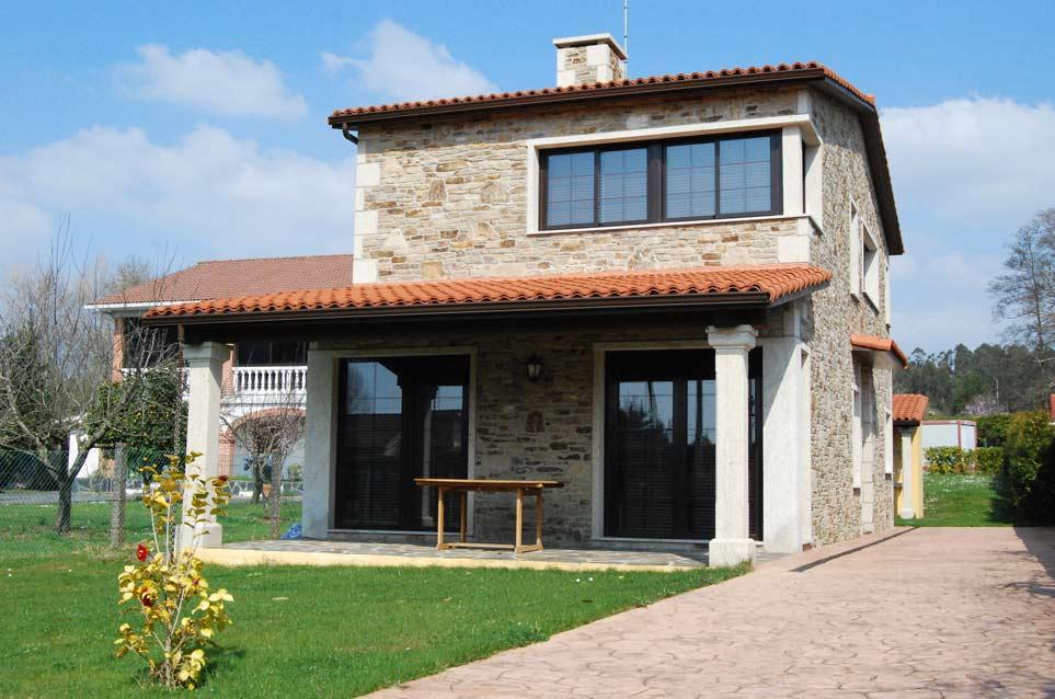 Construcci n de casa r stica en ares acasa - Construccion casa de piedra ...