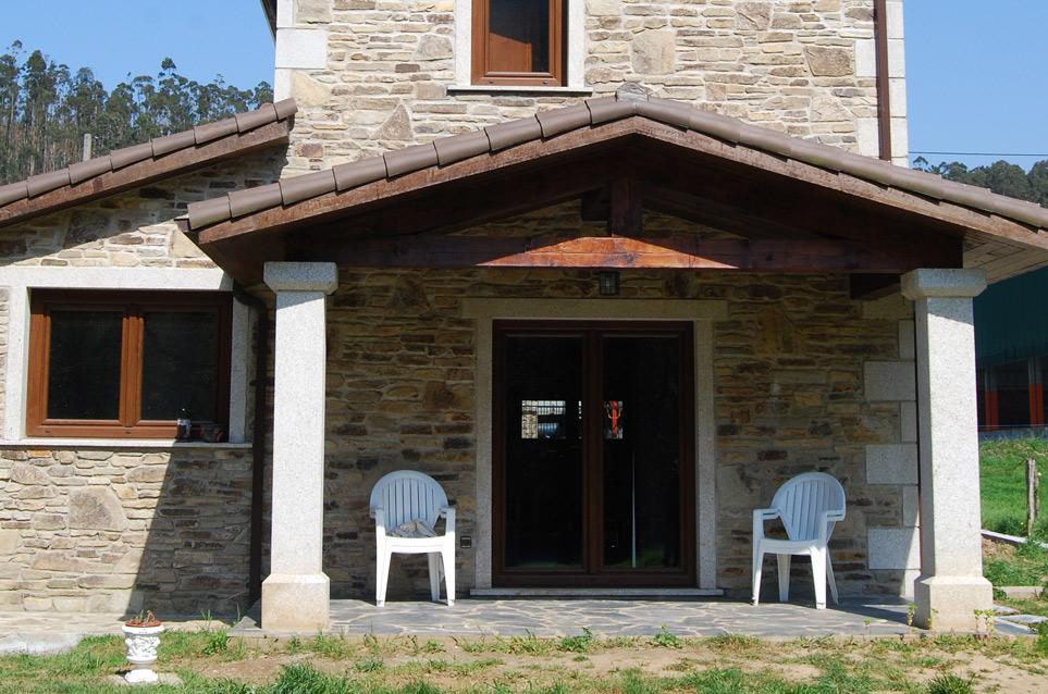 Construcci n de casa r stica en ferrol acasa - Construccion casas de piedra ...